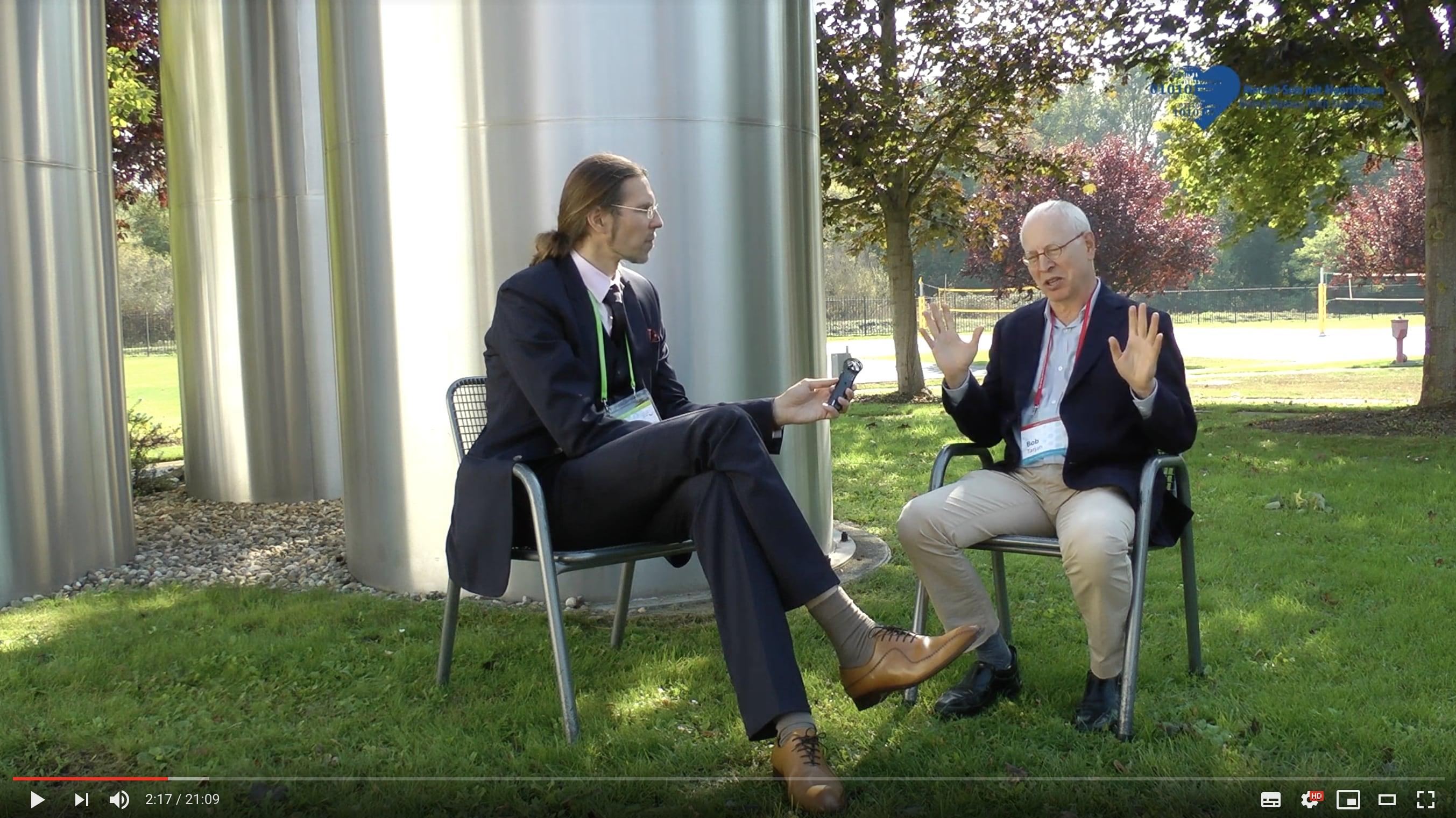 Matc-Oliver Pahl and Robert Tarjan